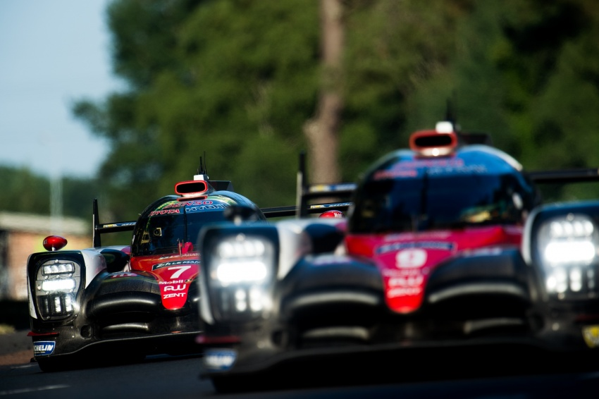 Fake marshal signal causes Toyota #7 Le Mans loss? Image #674684