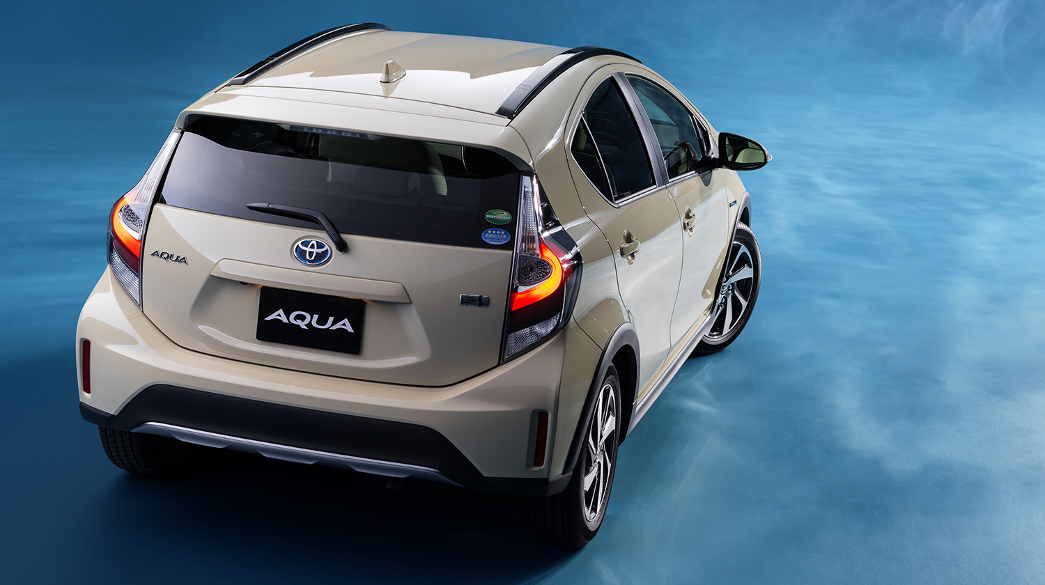 Toyota Prius c – crossover variant in Japanese update ...