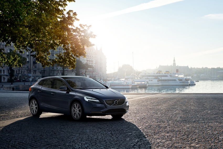 Volvo V40 facelift launched in Malaysia – T5 Inscription priced at RM180,888; T4 to be introduced at later date Image #674385