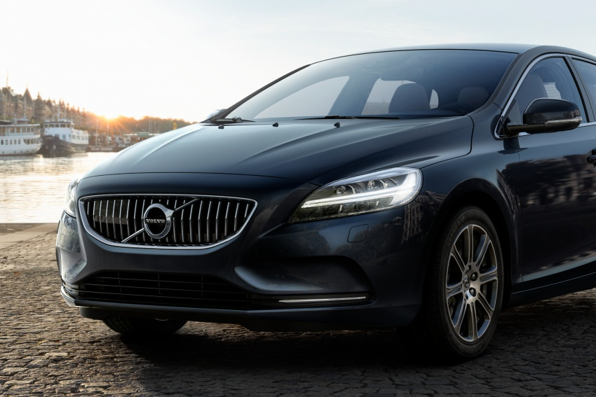 Volvo V40 facelift launched in Malaysia – T5 Inscription priced at RM180,888; T4 to be introduced at later date Image #674400