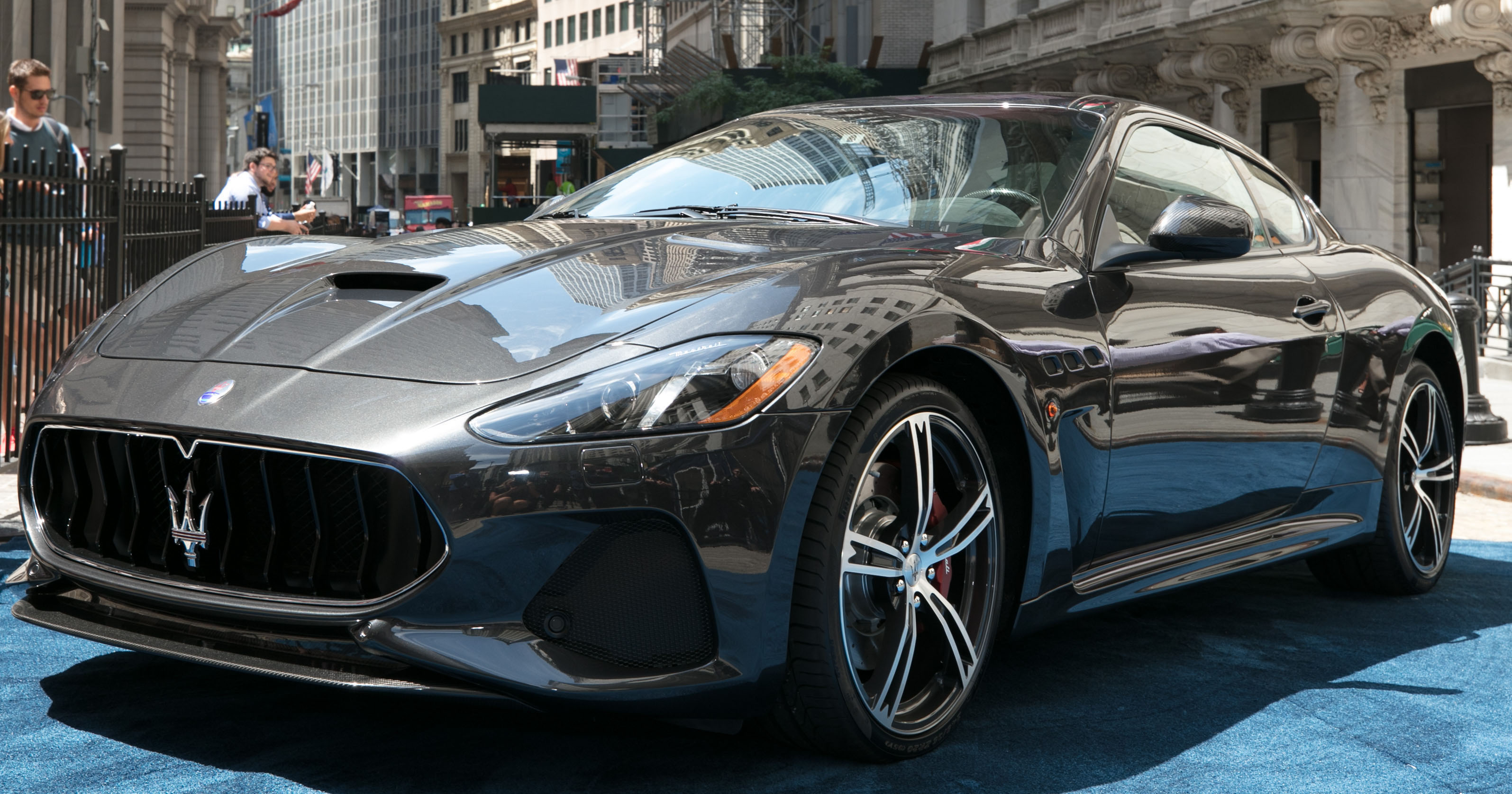 Maserati Granturismo Reviews >> 2018 Maserati GranTurismo debuts with subtle updates
