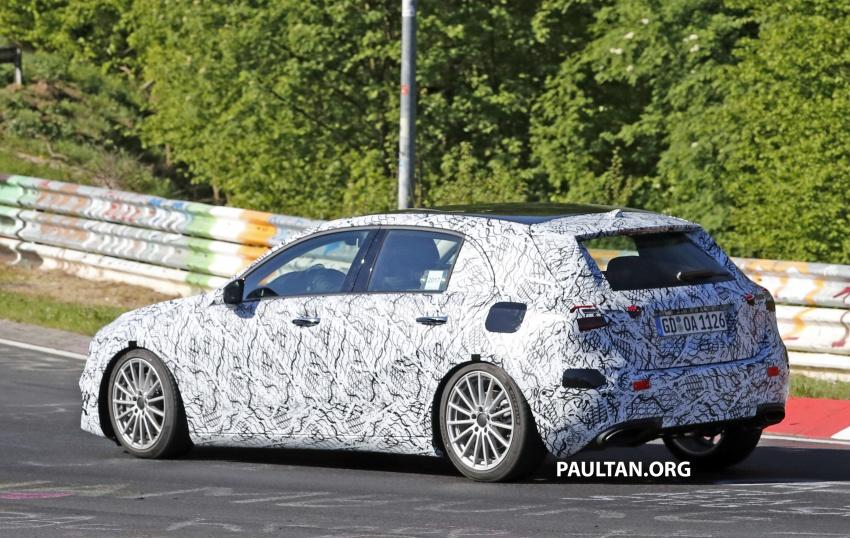 SPIED: 2018 Mercedes-Benz A-Class – interior shown Image #674624
