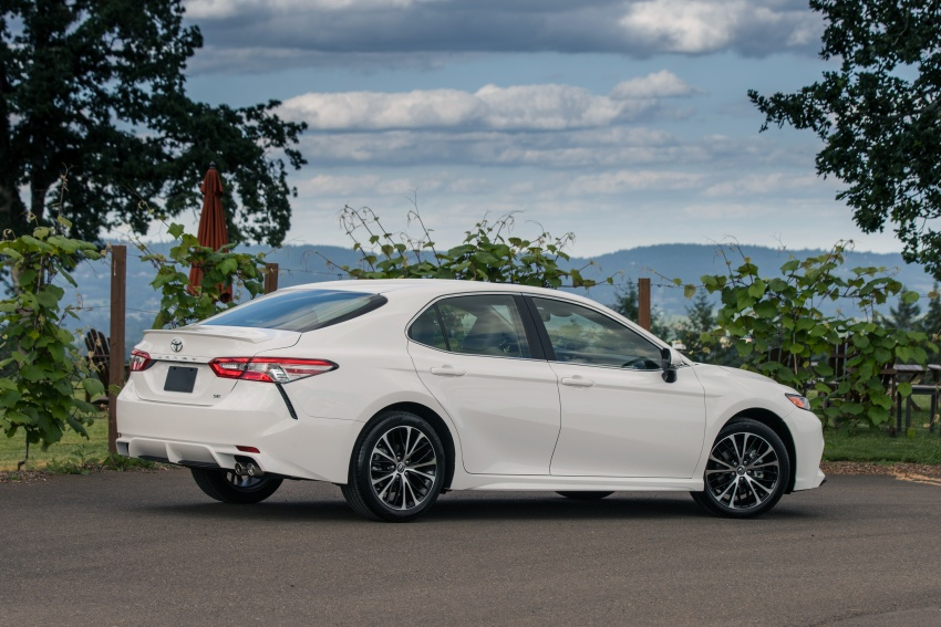 2018 Toyota Camry detailed ahead of US sales launch Image #675775