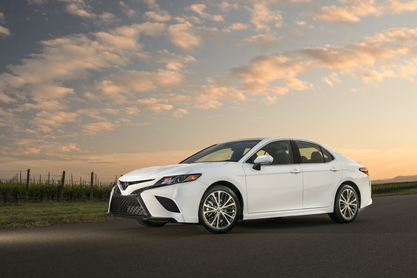 2018 Toyota Camry detailed ahead of US sales launch Image #675783