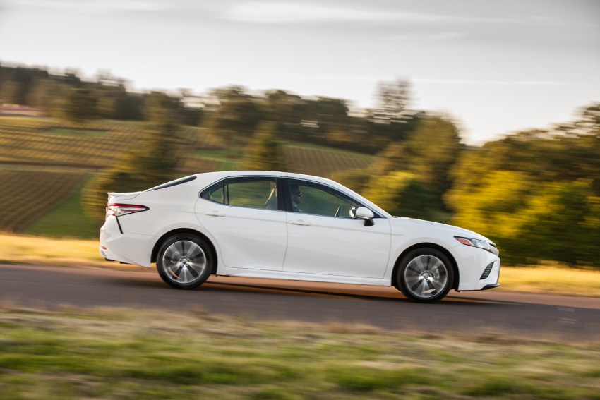 2018 Toyota Camry detailed ahead of US sales launch Image #675789