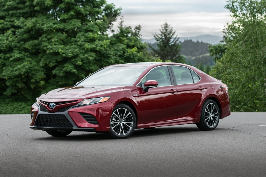 2018 Toyota Camry detailed ahead of US sales launch Image #675861