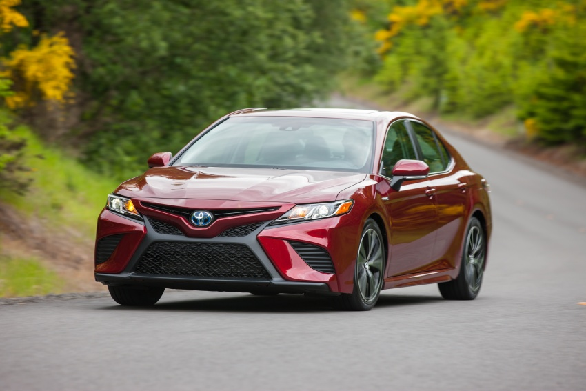 2018 Toyota Camry detailed ahead of US sales launch Image #675863