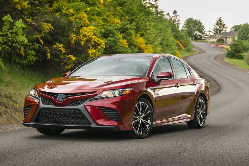 2018 Toyota Camry detailed ahead of US sales launch Image #675865