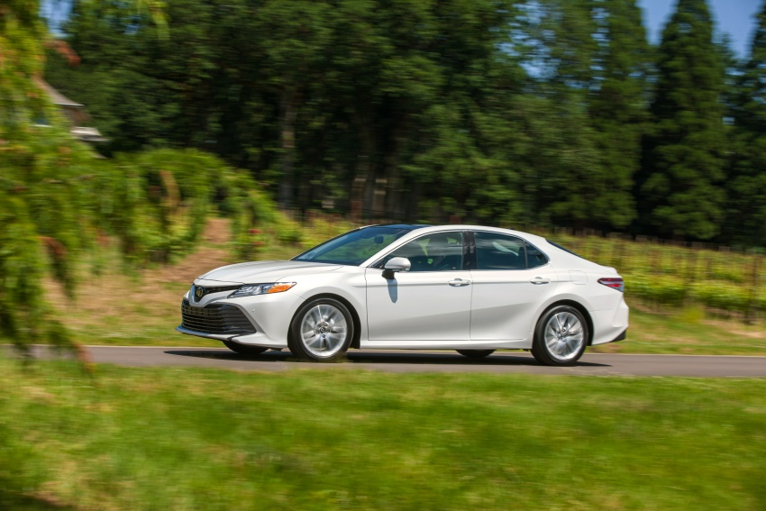 2018 Toyota Camry detailed ahead of US sales launch Image #675800
