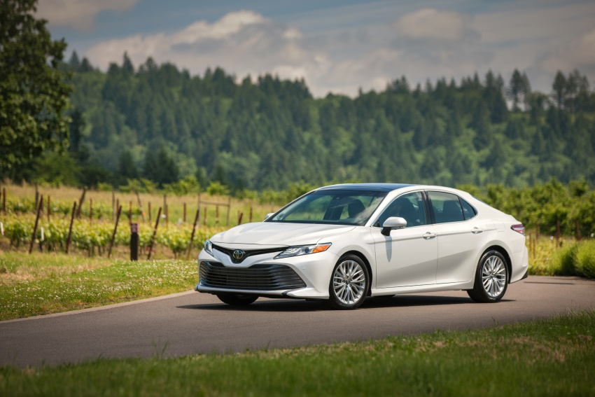 2018 Toyota Camry detailed ahead of US sales launch Image #675801