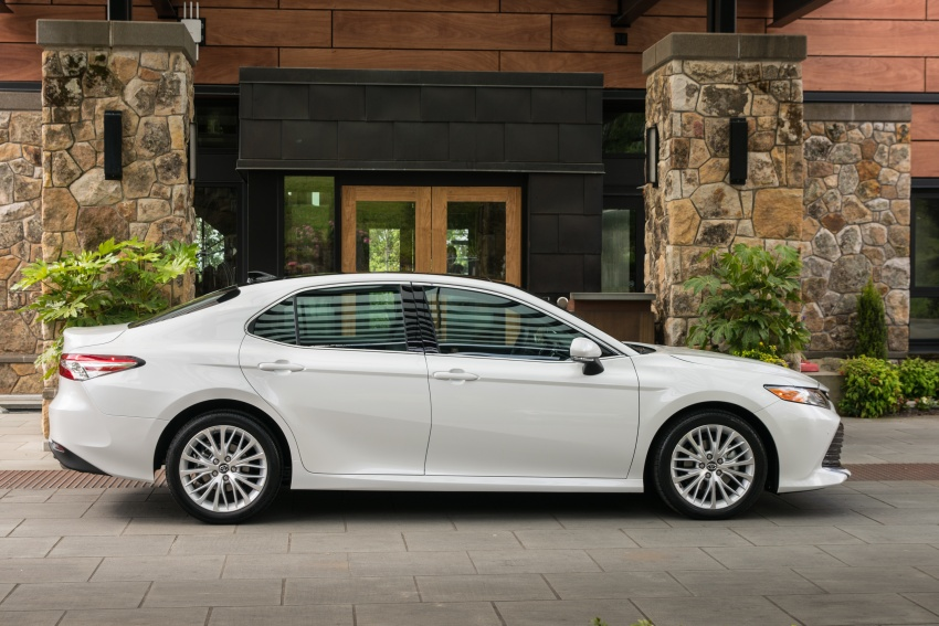 2018 Toyota Camry detailed ahead of US sales launch Image #675802