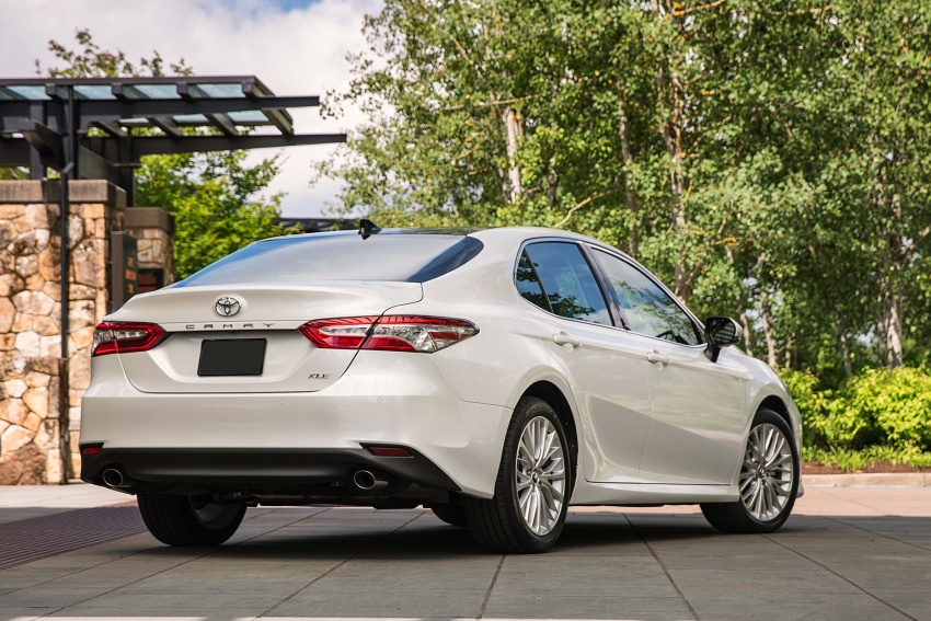 2018 Toyota Camry detailed ahead of US sales launch Image #675805