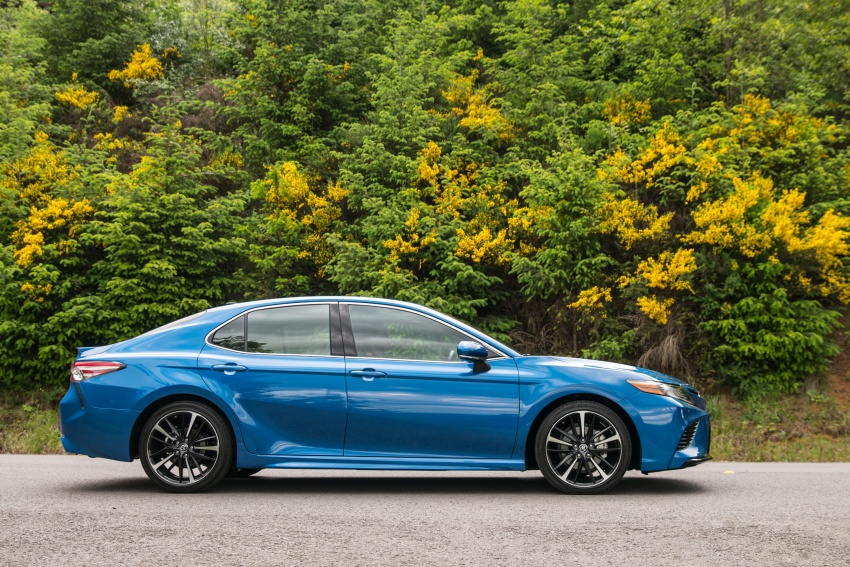 2018 Toyota Camry detailed ahead of US sales launch Image #675742