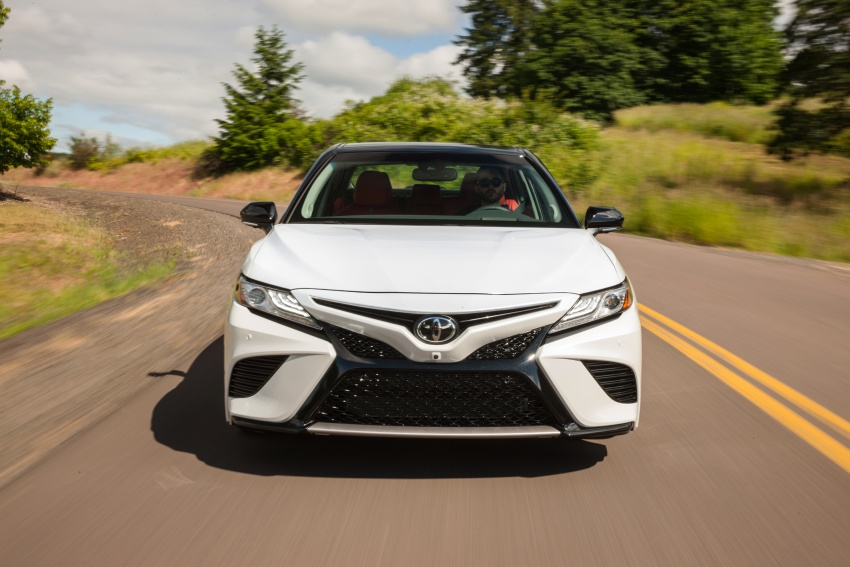 2018 Toyota Camry detailed ahead of US sales launch Image #675749
