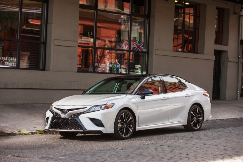 2018 Toyota Camry detailed ahead of US sales launch Image #675750
