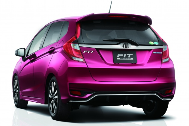 honda jazz facelift launched in japan from rm55k. Black Bedroom Furniture Sets. Home Design Ideas