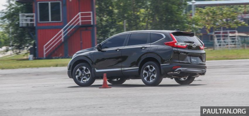 Honda CR-V 2017 – bagaimana ciri keselamatan Honda Sensing berfungsi dan dapat membantu pemanduan Image #673269