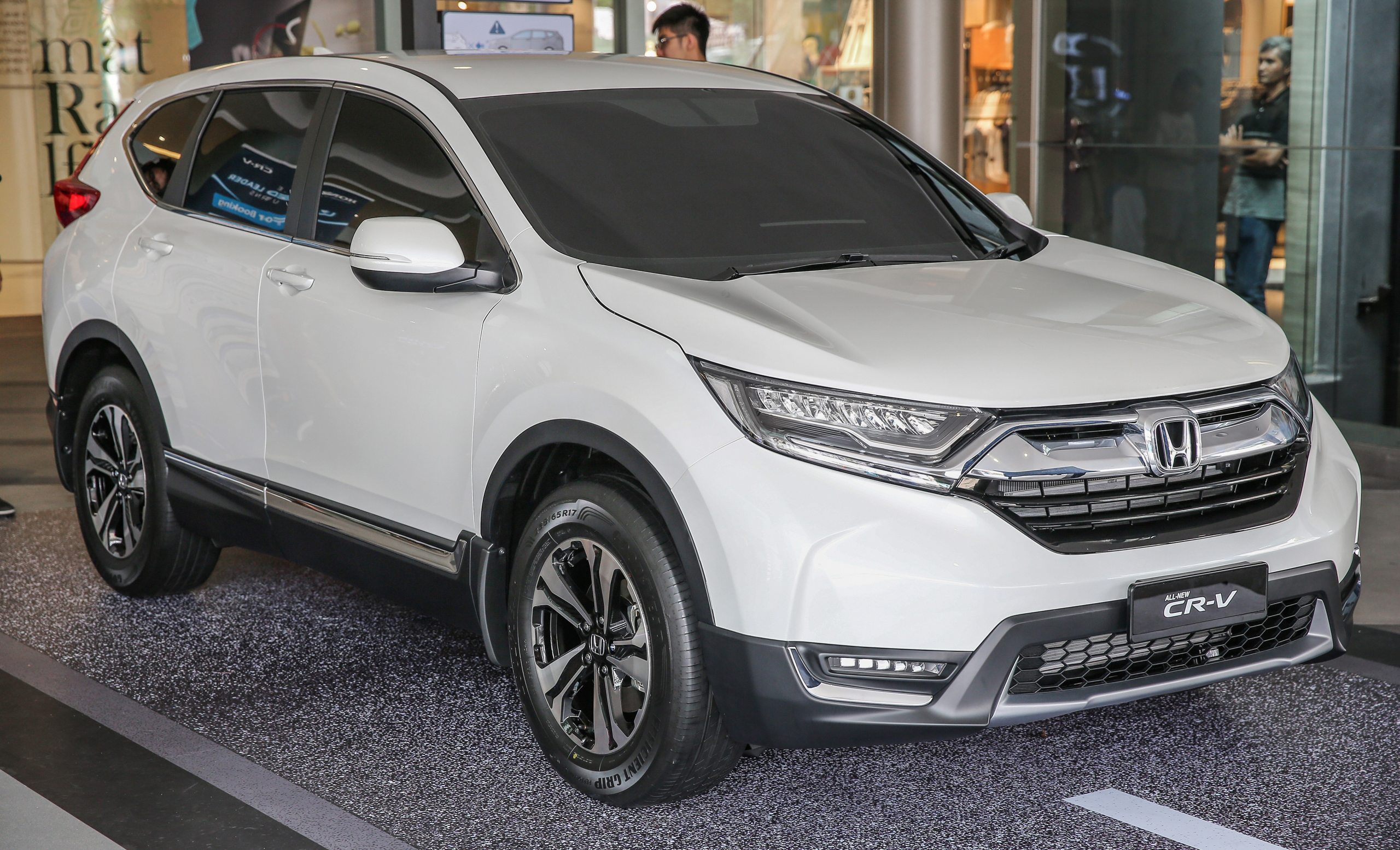 2017 Honda CR-V makes first Malaysian appearance - 2.0L NA to join 1.5L Turbo, live gallery from