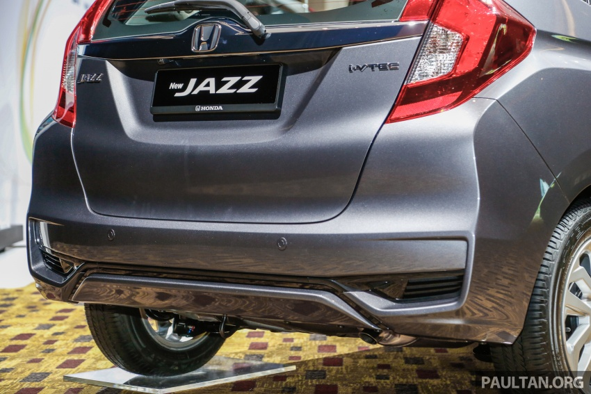 2017 Honda Jazz facelift launched in Malaysia – 1.5L and Sport Hybrid i-DCD variants, from RM74,800 Image #669377