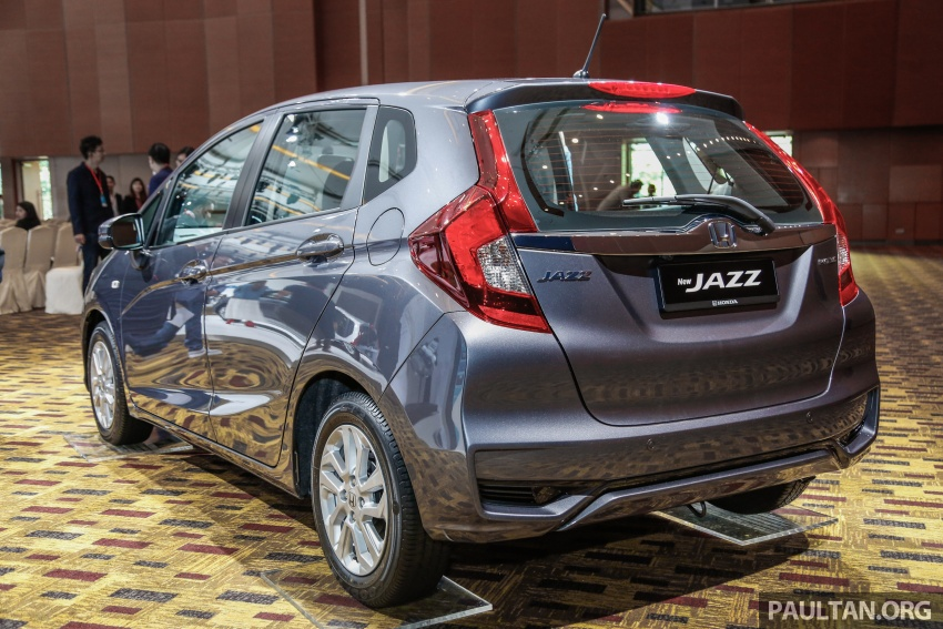 2017 Honda Jazz facelift launched in Malaysia – 1.5L and Sport Hybrid i-DCD variants, from RM74,800 Image #669364