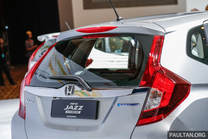 2017 Honda Jazz facelift launched in Malaysia – 1.5L and Sport Hybrid i-DCD variants, from RM74,800 Image #669414