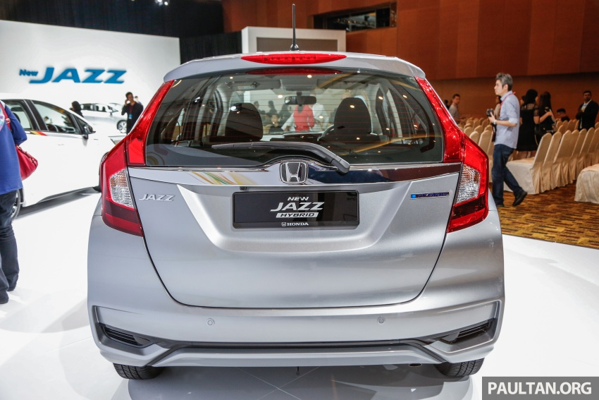 2017 Honda Jazz facelift launched in Malaysia – 1.5L and Sport Hybrid i-DCD variants, from RM74,800 Image #669397