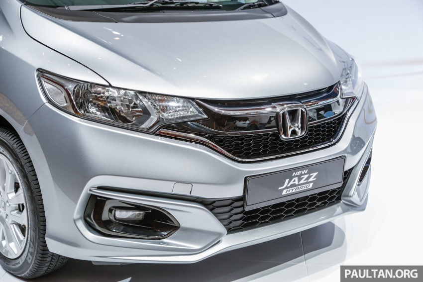 2017 Honda Jazz facelift launched in Malaysia – 1.5L and Sport Hybrid i-DCD variants, from RM74,800 Image #669400