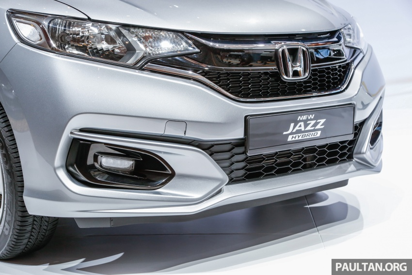 2017 Honda Jazz facelift launched in Malaysia – 1.5L and Sport Hybrid i-DCD variants, from RM74,800 Image #669402