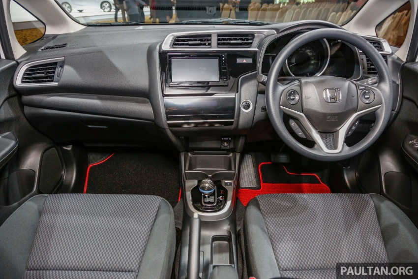 2017 Honda Jazz facelift launched in Malaysia – 1.5L and Sport Hybrid i-DCD variants, from RM74,800 Image #669503