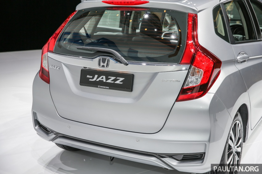 2017 Honda Jazz facelift launched in Malaysia – 1.5L and Sport Hybrid i-DCD variants, from RM74,800 Image #669549
