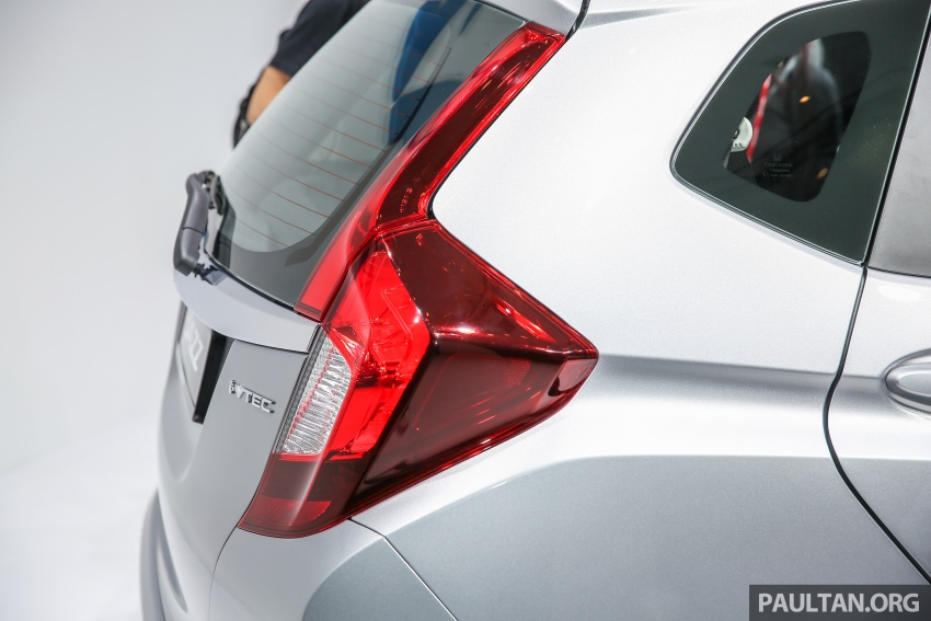 2017 Honda Jazz facelift launched in Malaysia – 1.5L and Sport Hybrid i-DCD variants, from RM74,800 Image #669552