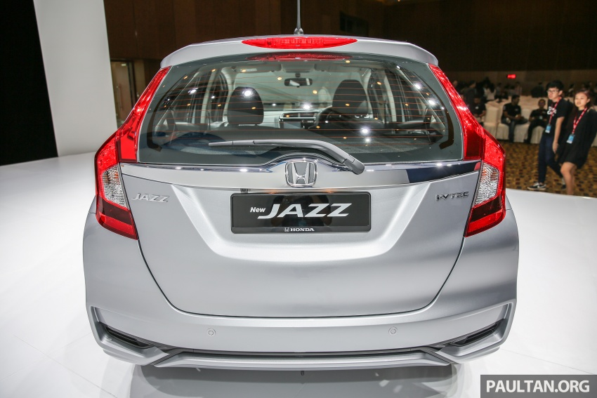 2017 Honda Jazz facelift launched in Malaysia – 1.5L and Sport Hybrid i-DCD variants, from RM74,800 Image #669530