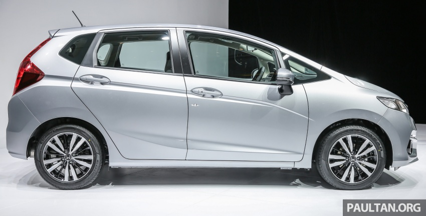 2017 Honda Jazz facelift launched in Malaysia – 1.5L and Sport Hybrid i-DCD variants, from RM74,800 Image #669532
