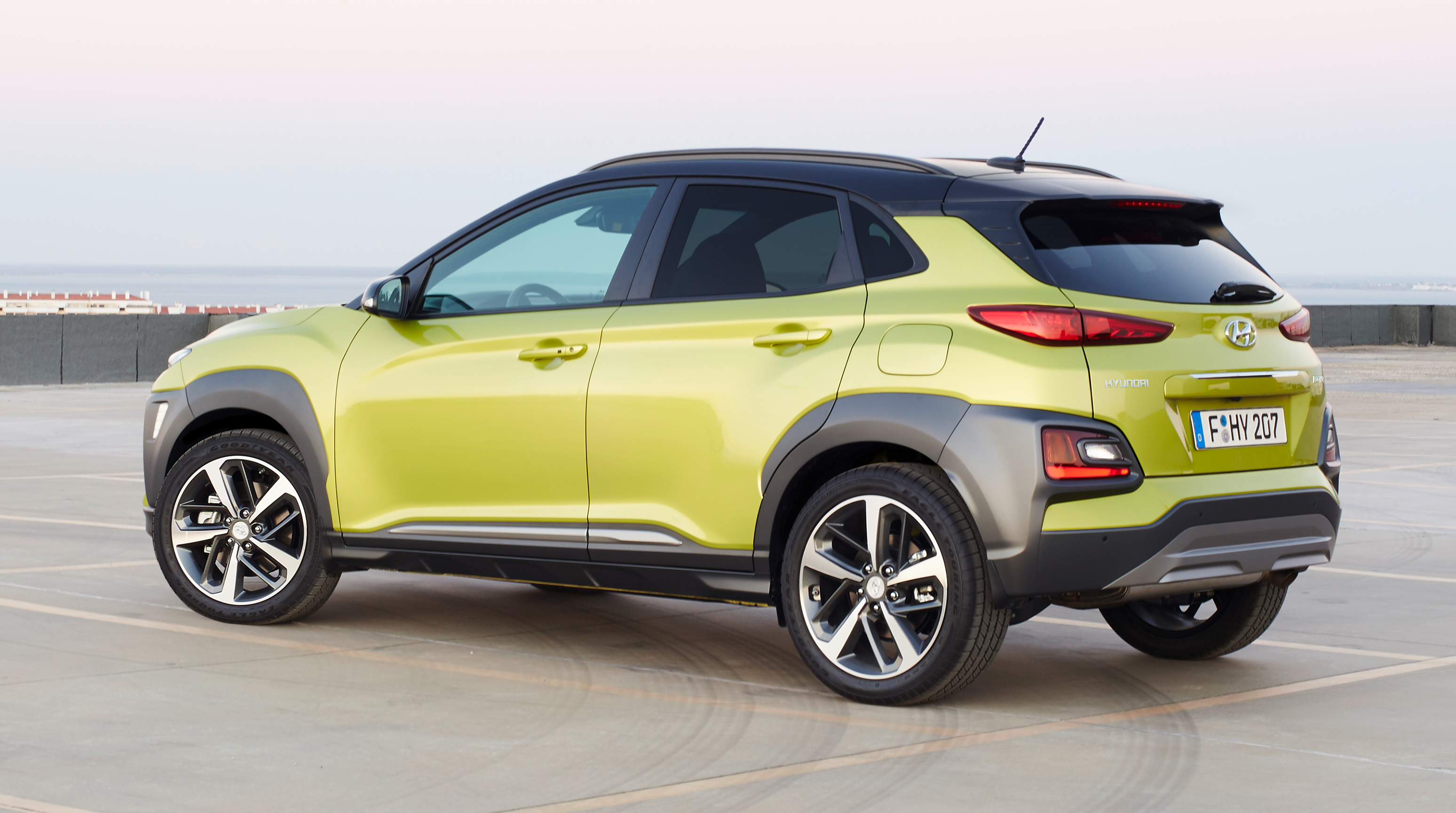 GALLERY: Hyundai Kona on the road, with interior Image 672065