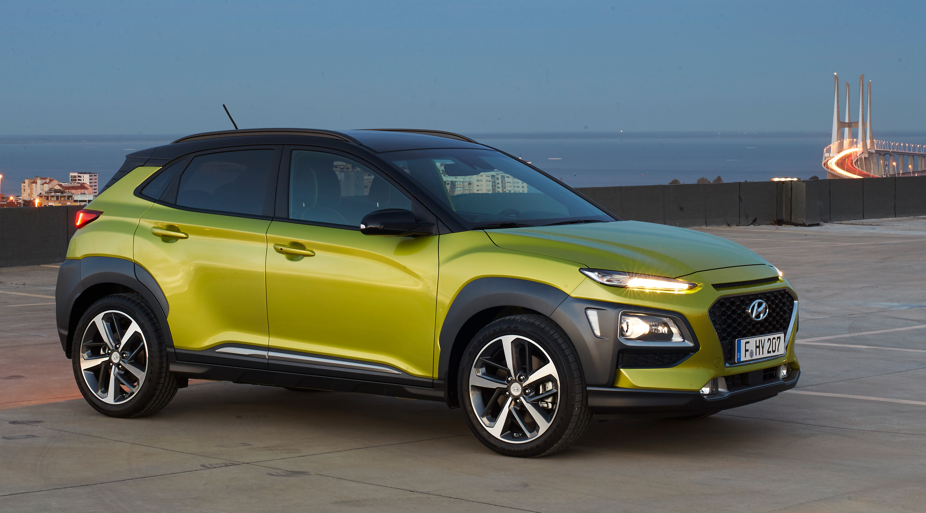 new hyundai kona suv to get ev version 2018 debut. Black Bedroom Furniture Sets. Home Design Ideas