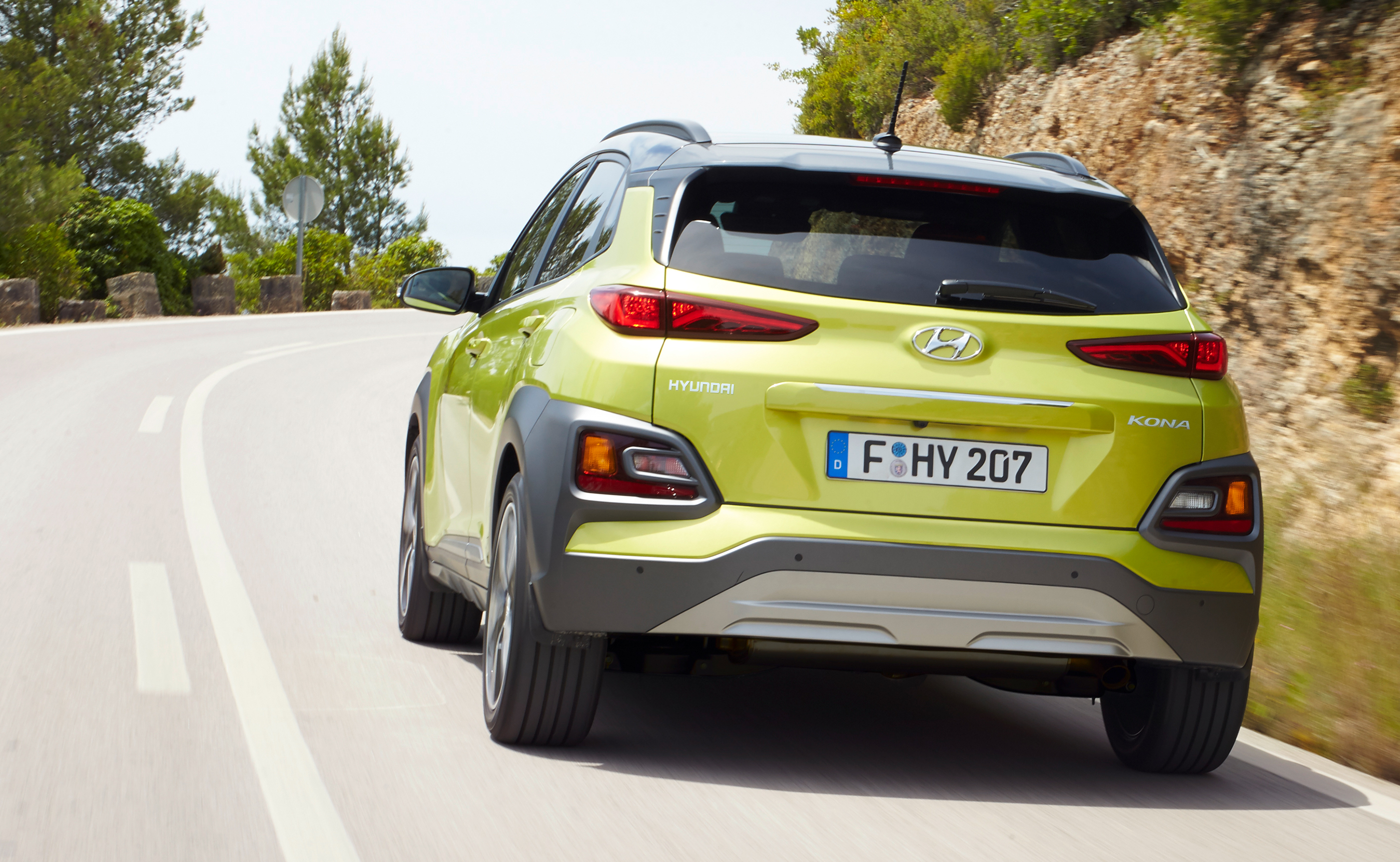 2018 hyundai kona price. simple price chung also said that hyundai is developing an u201casuvu201d will slot in  below the kona by year 2020 this smallest of suvs be aimed at emerging markets  and 2018 hyundai kona price