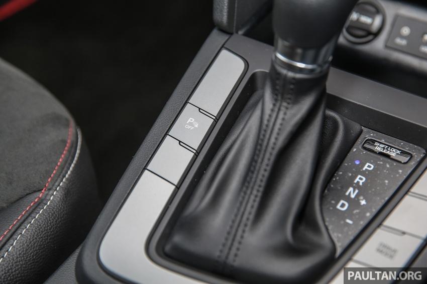 GALLERY: Hyundai Elantra 2.0 Executive, RM116,388 Image #675205