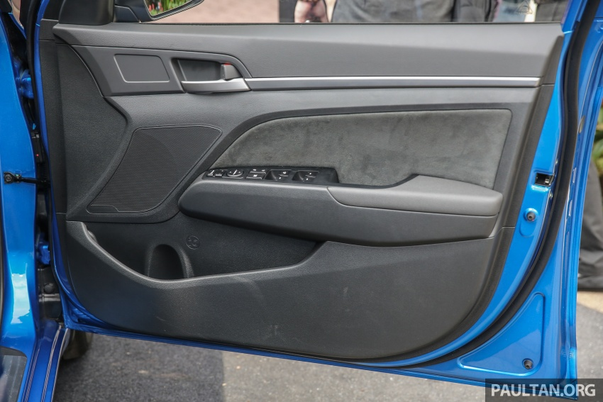 GALLERY: Hyundai Elantra 2.0 Executive, RM116,388 Image #675214