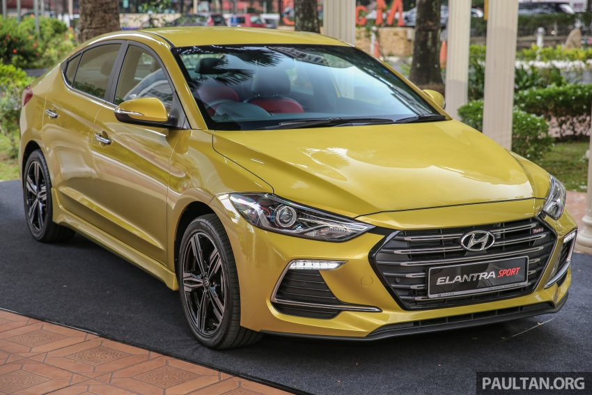 GALLERY: Hyundai Elantra 2.0 Executive, RM116,388 Image #675231