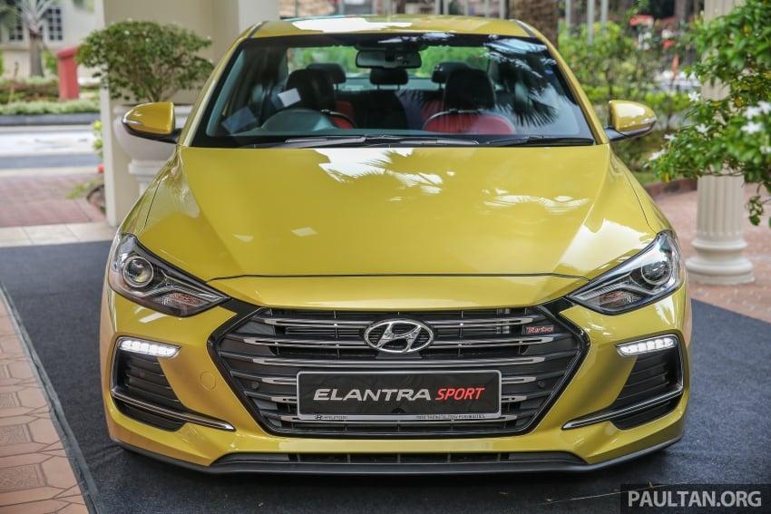 GALLERY: Hyundai Elantra 2.0 Executive, RM116,388 Image #675233