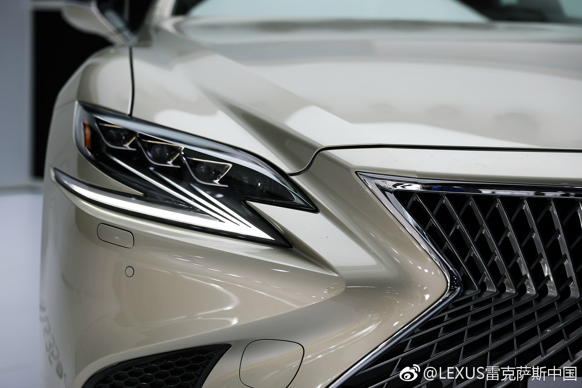 lexus ls 350 introduced in china with 3 5 litre na v6 image 669693. Black Bedroom Furniture Sets. Home Design Ideas
