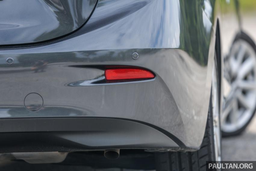 ULASAN VIDEO: Mazda 3 facelift 2017 dengan GVC Image #671457