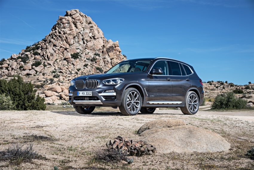 G01 BMW X3 unveiled – new engines, tech, M40i model Image #677051