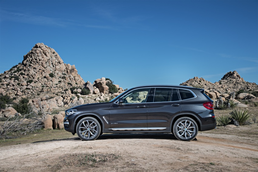 G01 BMW X3 unveiled – new engines, tech, M40i model Image #677053