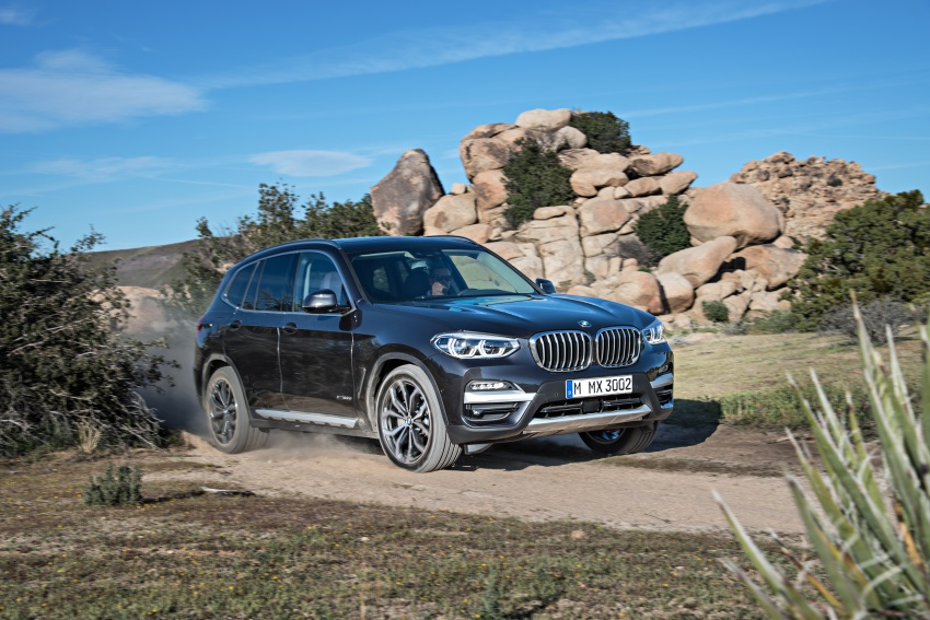 G01 BMW X3 unveiled – new engines, tech, M40i model Image #677062