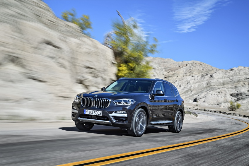 G01 BMW X3 unveiled – new engines, tech, M40i model Image #677065