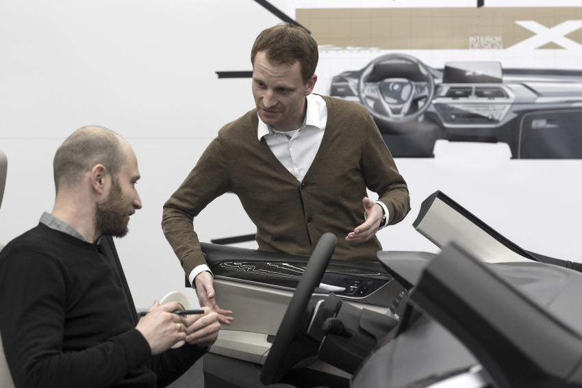 G01 BMW X3 unveiled – new engines, tech, M40i model Image #677087