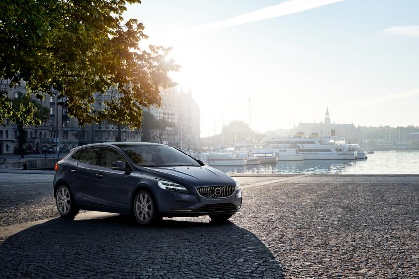 Volvo V40 T5 Inscription facelift 2017 untuk pasaran Malaysia dilancarkan – harga bermula dari RM181k Image #674401