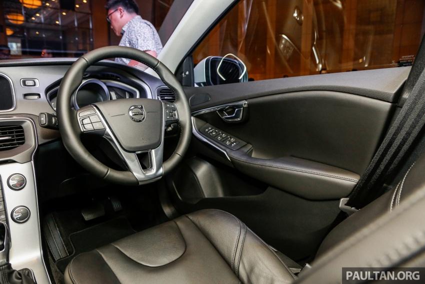 Volvo V40 T5 Inscription facelift 2017 untuk pasaran Malaysia dilancarkan – harga bermula dari RM181k Image #674517