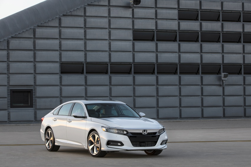 Honda Accord 2018 didedahkan – 1.5 VTEC Turbo dan 2.0 VTEC Turbo bersama transmisi auto 10-kelajuan Image #683767